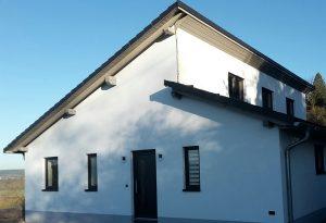 Dichte Fenster in Häuser
